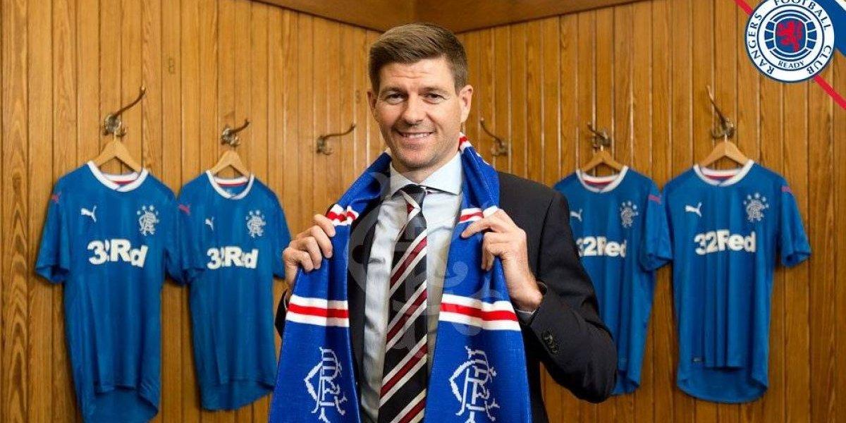 Rangers FC confirmó a la leyenda Steven Gerrard como su nuevo entrenador