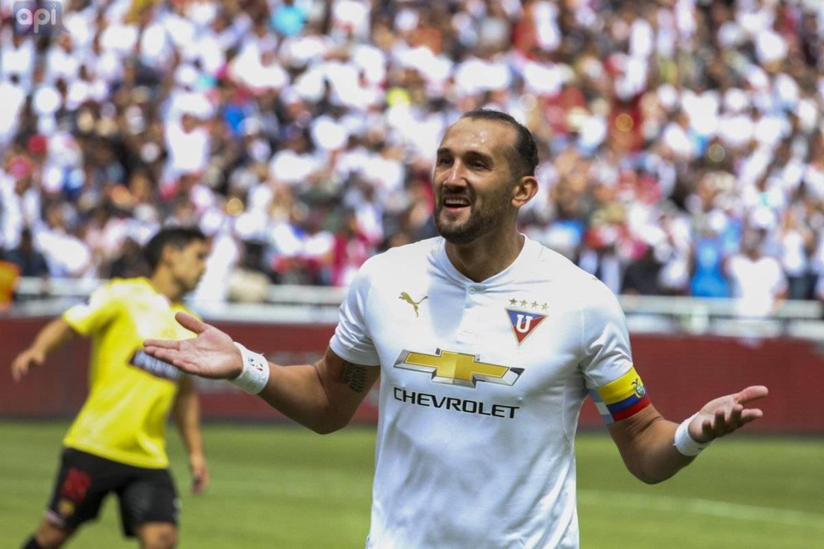 Hernán Barcos se despide con mucha tristeza de Liga de Quito API