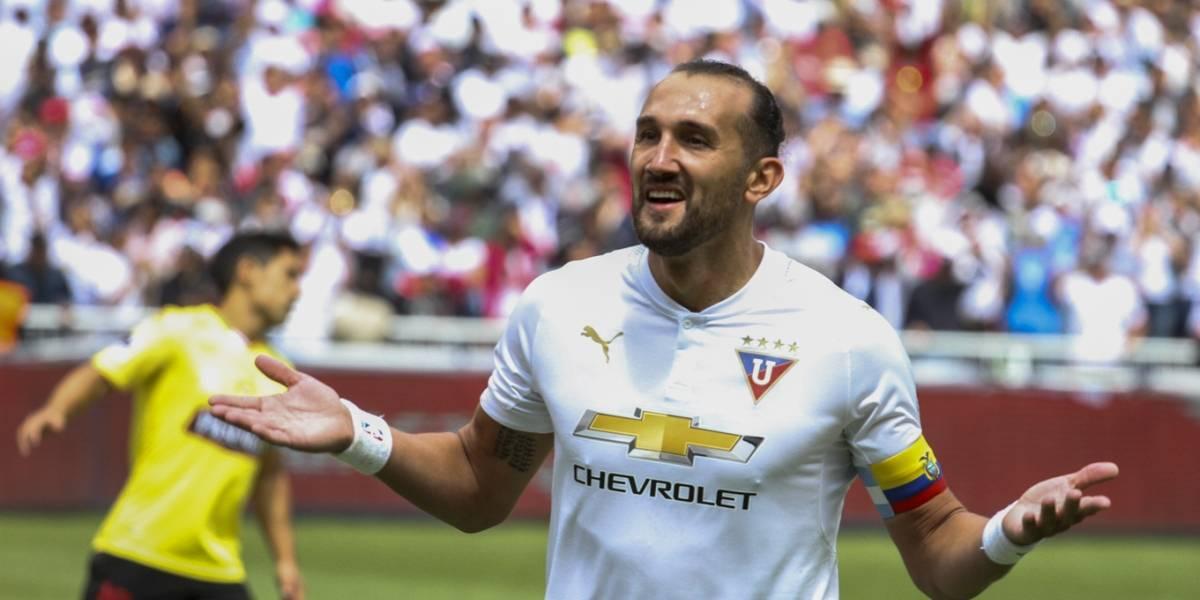Hernán Barcos se despide con mucha tristeza de Liga de Quito