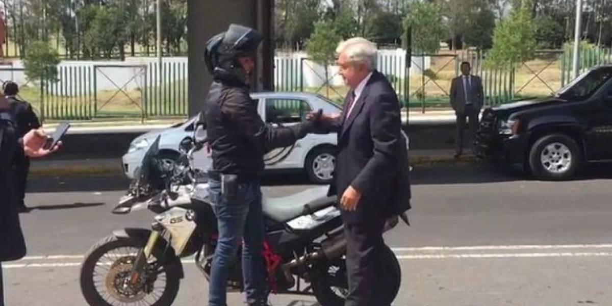 #Política Confidencial: AMLO llega de 'aventón'