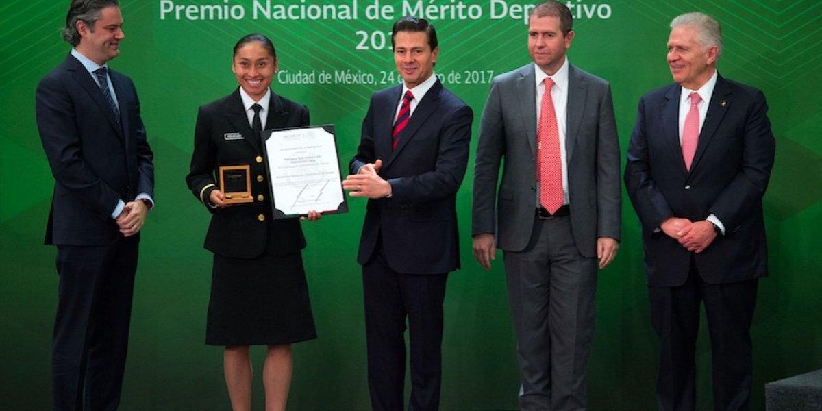 Peña Nieto felicita a Lupita González tras oro mundialista