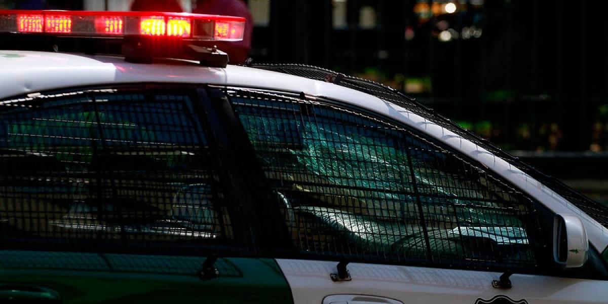 Buscaron violentamente justicia por sus propias manos: delincuente en riesgo vital tras ser reducido a machetazos en Estación Central