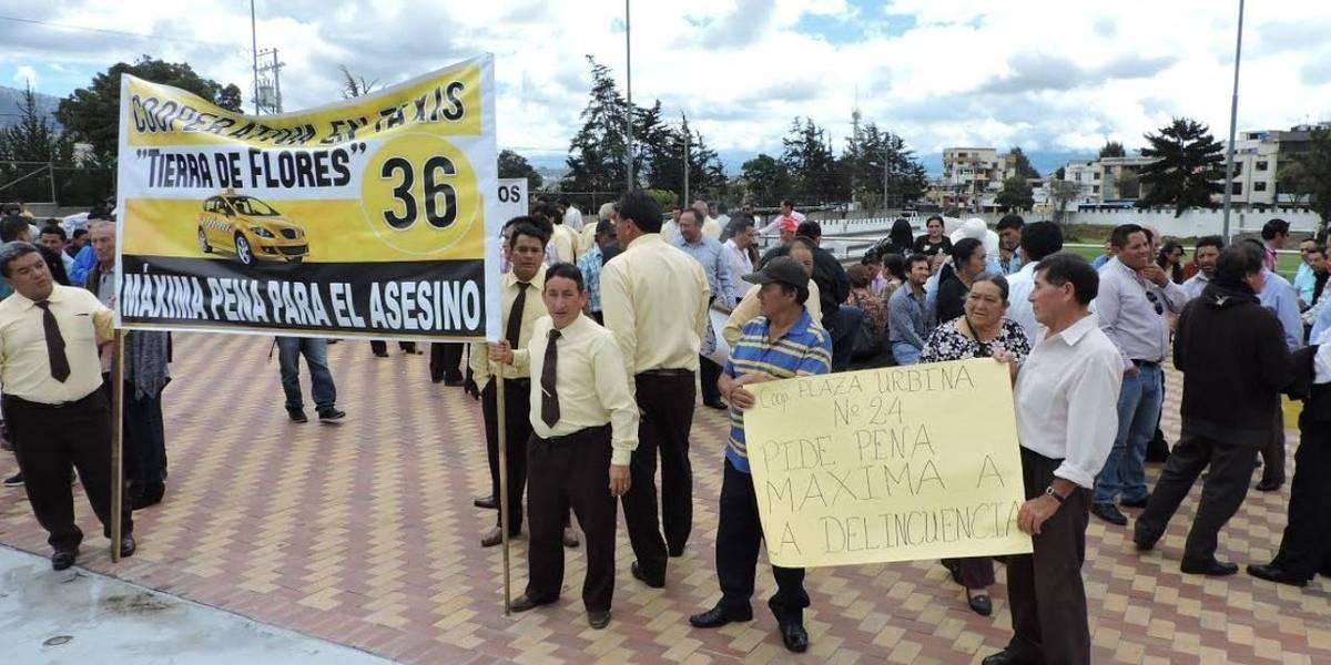 Marcha en Ambato para exigir máxima pena para el asesino de un taxista