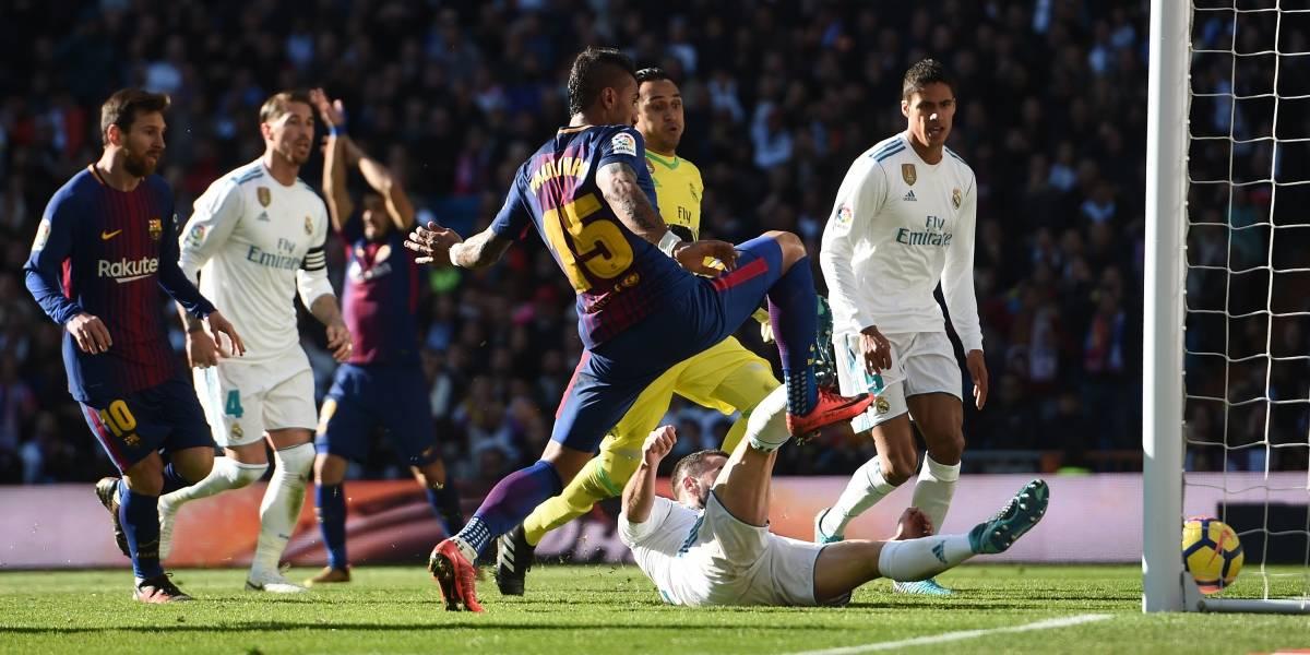 Minuto a minuto: Barcelona y Real Madrid animan el clásico español marcado por la despedida de Iniesta