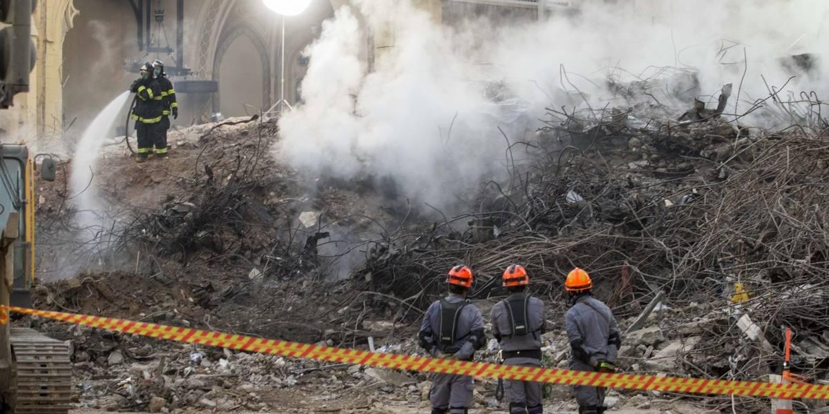 Bombeiros retiram mais de mil toneladas de escombros do prédio que desabou em SP