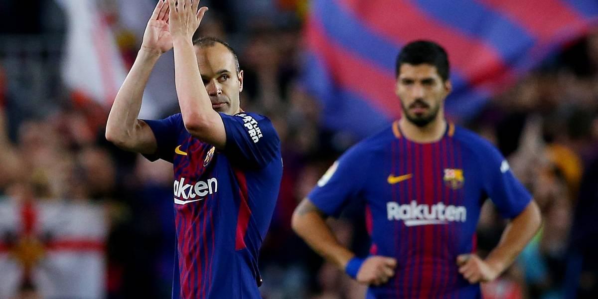 Com gols de Messi e Ronaldo, Barça e Real empatam no último clássico de Iniesta