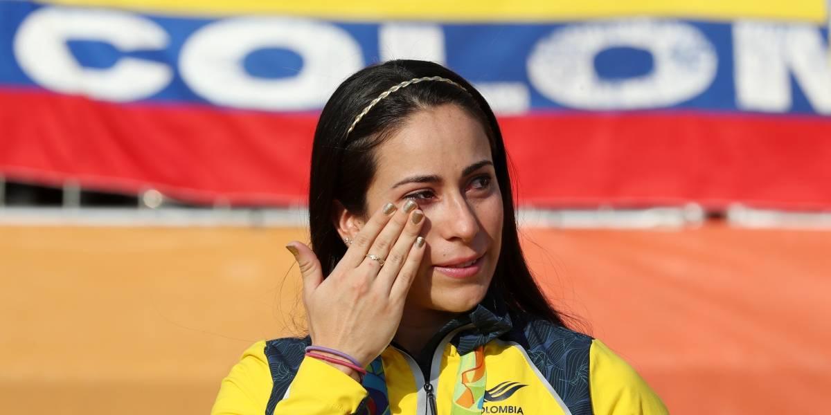 Así se llevaron a Mariana Pajón tras brutal caída en Holanda
