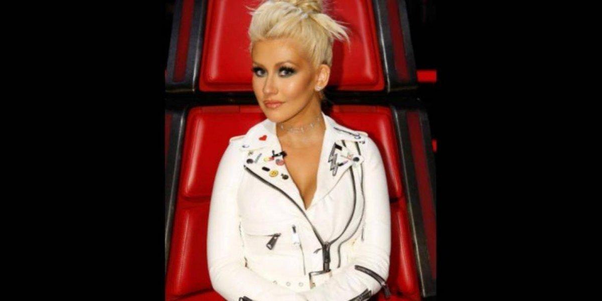 Christina Aguilera explota su sensualidad y aparece desnuda en nuevo video
