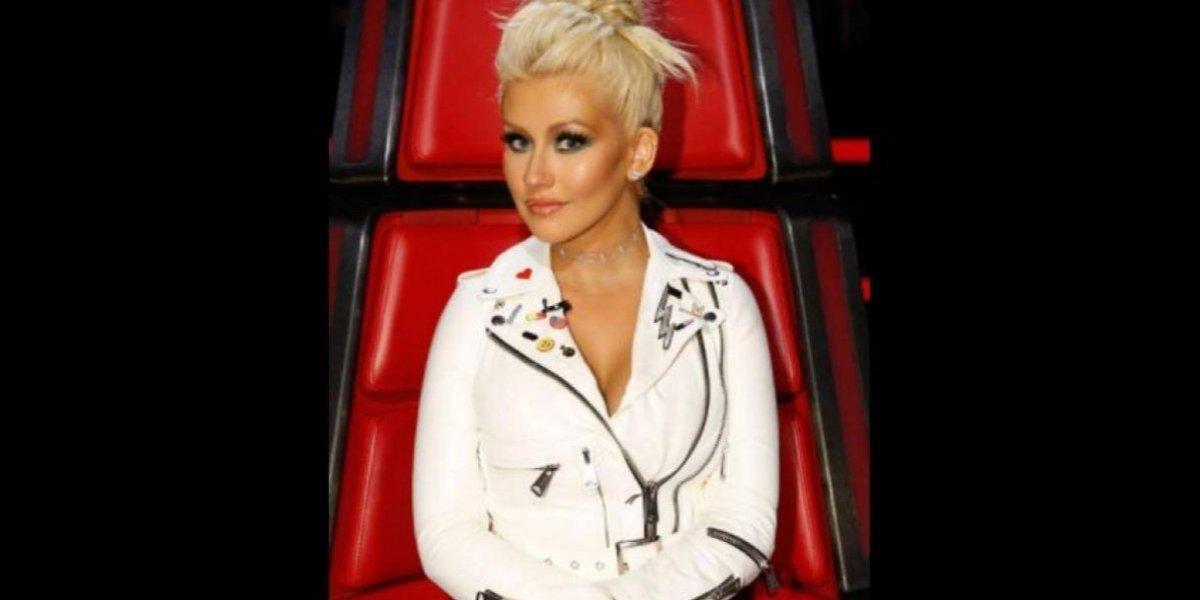 FOTOS. Christina Aguilera enciende a sus fans con su sexy braless