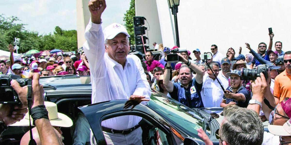 Niega AMLO en su visita a Nuevo León estar contra empresarios