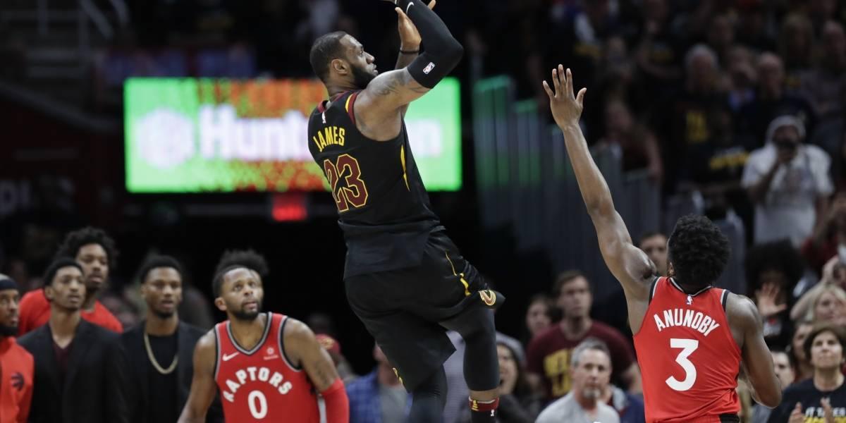NBA: Una jugada magistral de LeBron James en el último segundo hizo que los Cavs hundieran a los Raptors