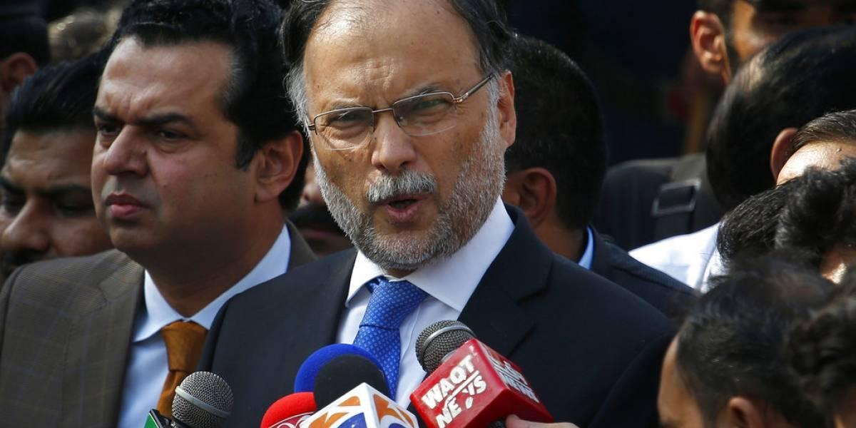Ministro del Interior de Pakistán es herido tras atentado