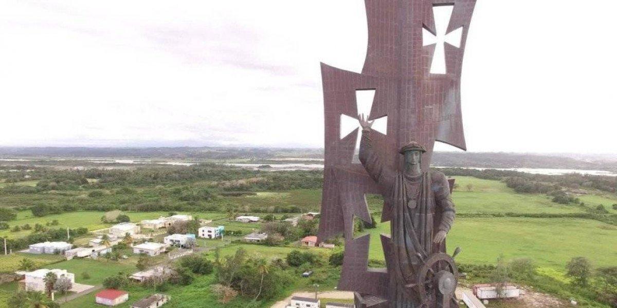 Piden que la estatua de Cristóbal Colón se utilice para atraer turismo