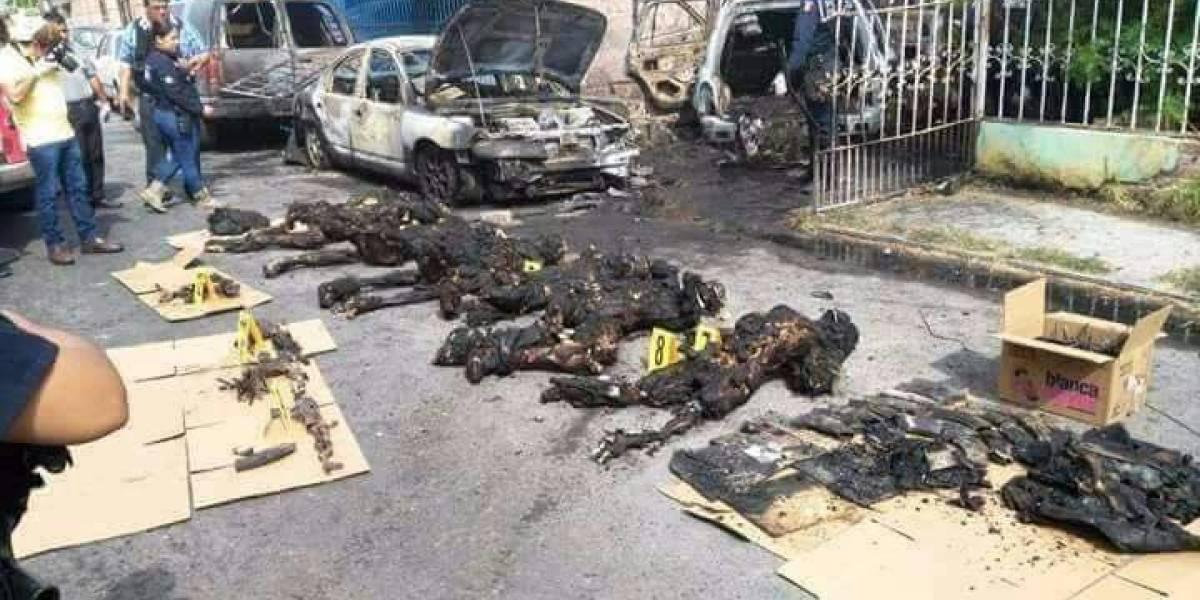 IMÁGENES FUERTES. Mueren calcinados seis presuntos Zetas tras explosión de granada