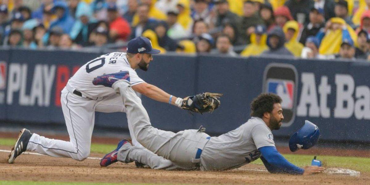 Los Padres emparejan la serie en el segundo juego ante Dodgers
