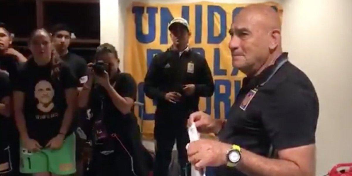 El emotivo detalle de Tigres femenil a su técnico