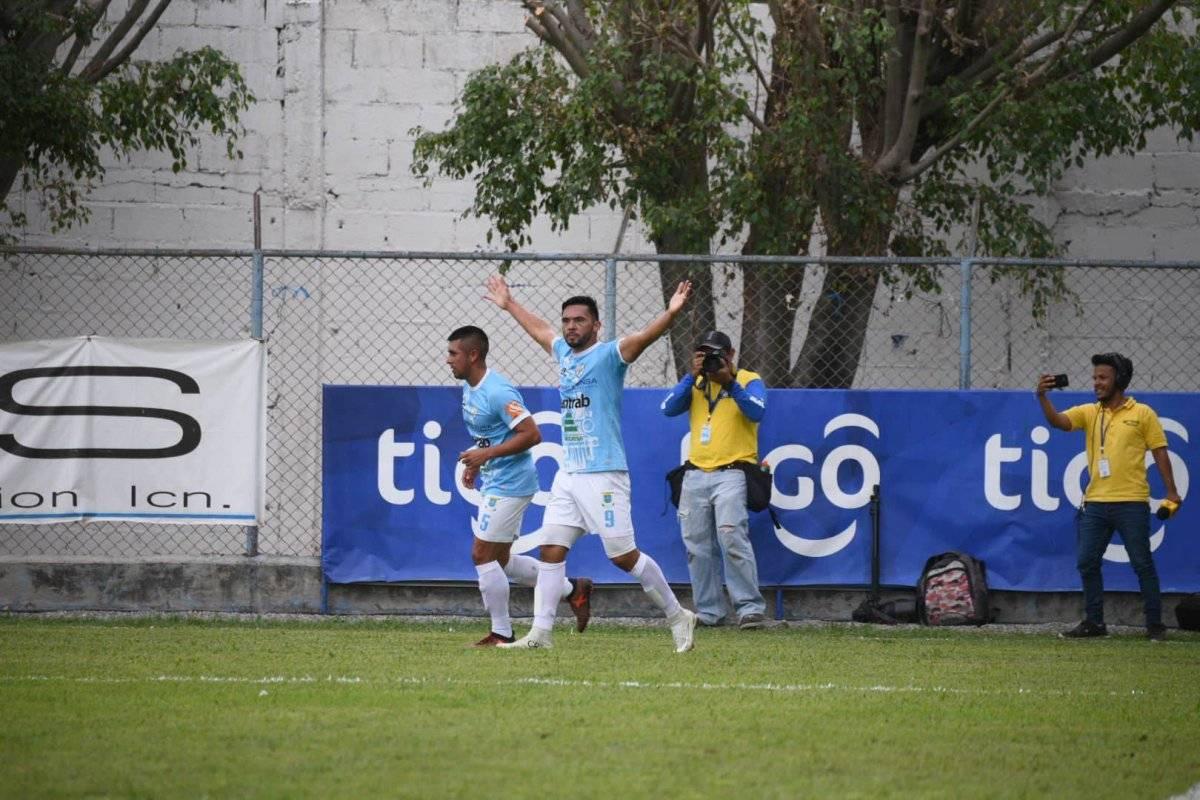Wilber Pérez le marcó a Municipal por segunda vez en el torneo