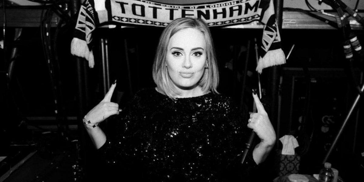 Adele festejó sus 30 años con fiesta al estilo 'Titanic'