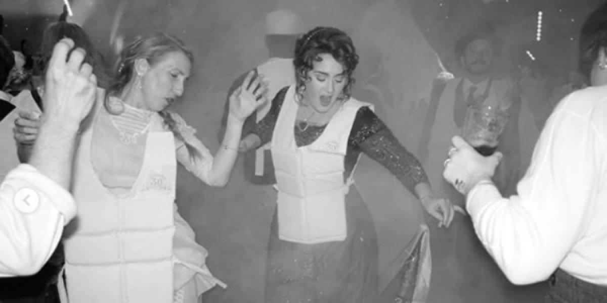 """EN IMÁGENES. Destrozan a Adele por fiesta de cumpleaños a lo """"Titanic"""""""