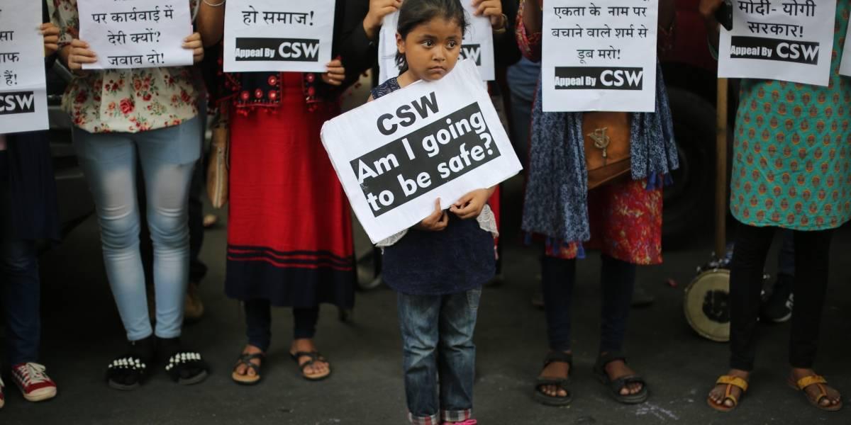 Conmoción en la India tras la segunda adolescente violada, rociada en gasolina y quemada en una semana
