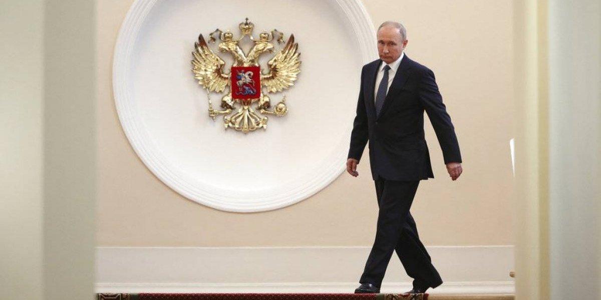 Putin asume presidencia de Rusia