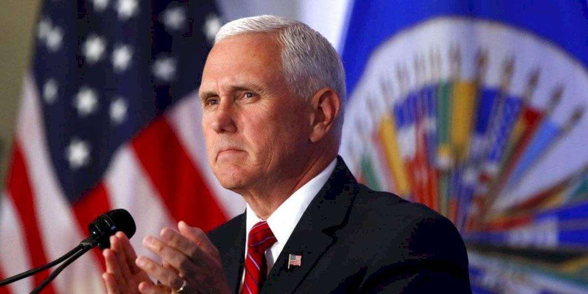 """""""No se encuentra en cuarentena"""": Mike Pence seguirá trabajando en la Casa Blanca pese a que su asesora dio positivo por covid-19"""