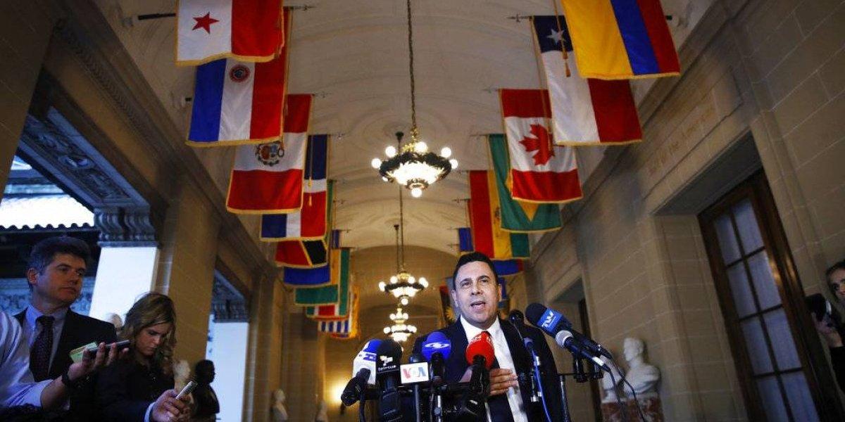 """Vicepresidente de EEUU pide a OEA excluir a Venezuela: solicitan suspender """"elecciones"""" del 20 de mayo"""