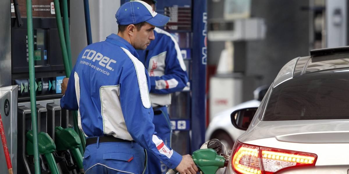 Las bencinas se van a los cielos: precio del petróleo supera los US $ 70 por primera vez desde 2014
