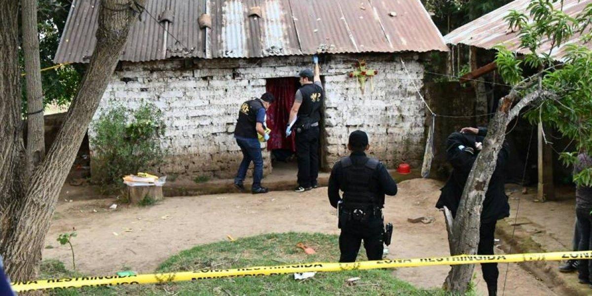 Emotivas palabras y recuerdos en el funeral de familia que fue hallada sin vida en Quetzaltenango