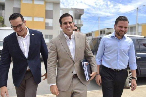 Gobernador Ricardo Rosselló llega a Cataño para anunciar cómo se usarán los fondos asignados por el Gobierno federal para la recuperación de la isla.