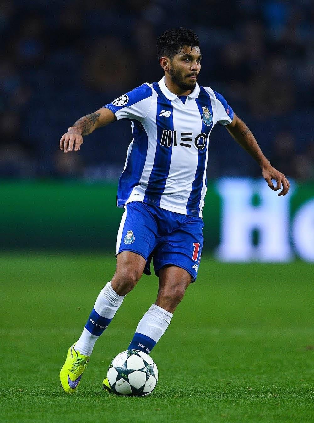 "Jesús ""Tecatito"" Corona: 1 Liga de Portugal con el Porto en 2018."