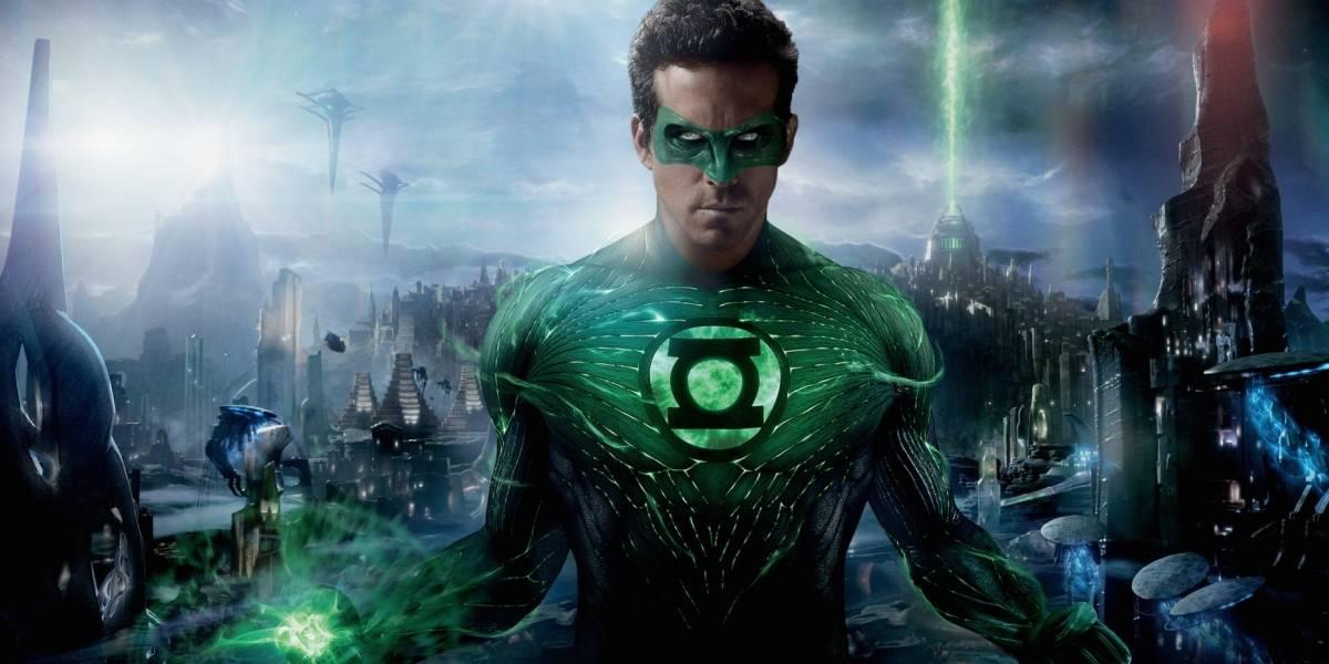 Ryan Reynolds revela que nunca assistiu a versão final do filme Lanterna Verde