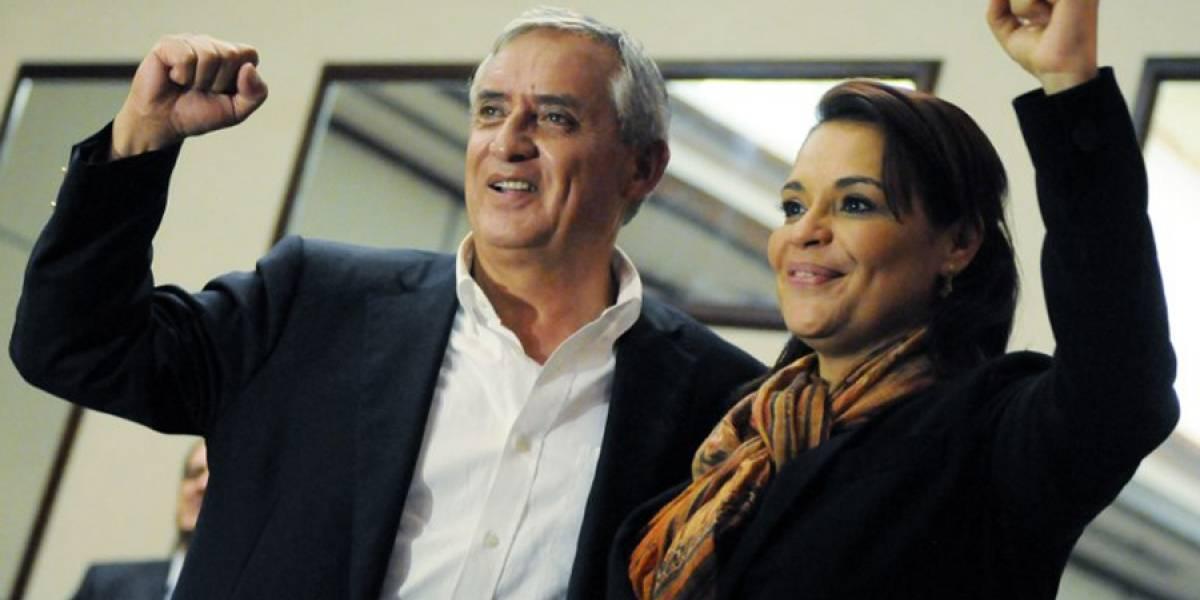 """Monzón detalla la """"verdadera"""" relación entre expresidente Pérez y Roxana Baldetti"""