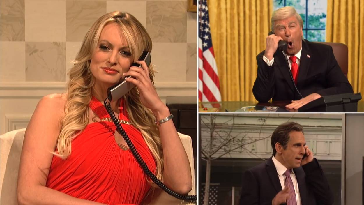Stormy Daniels hace cameo sorpresa en SNL para burlarse de Donald Trump
