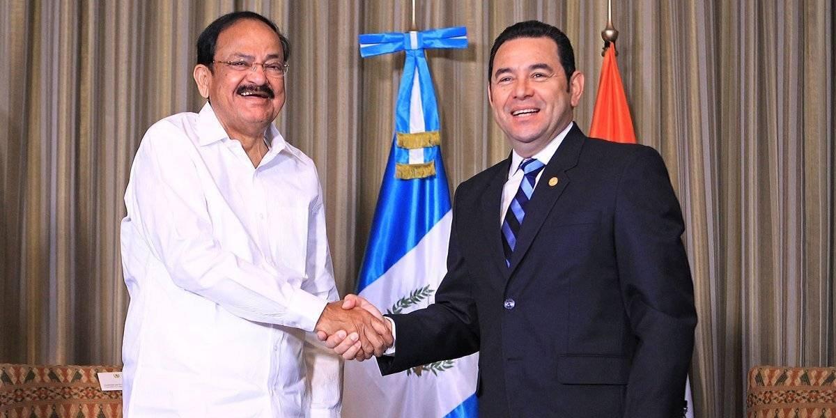 India ofrece a Guatemala apoyo en energía solar y producción de cine