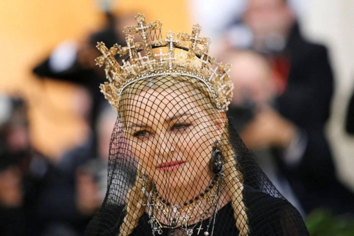 Madonna Tocado