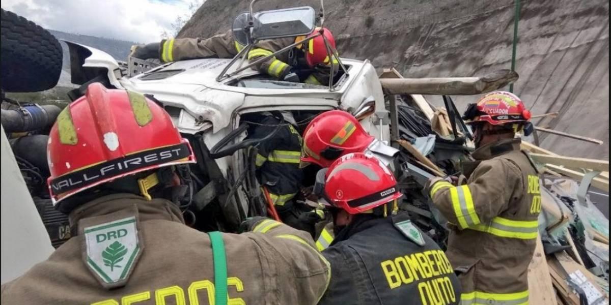 Quito: accidente de Tránsito en Guayllabamba deja cinco heridos
