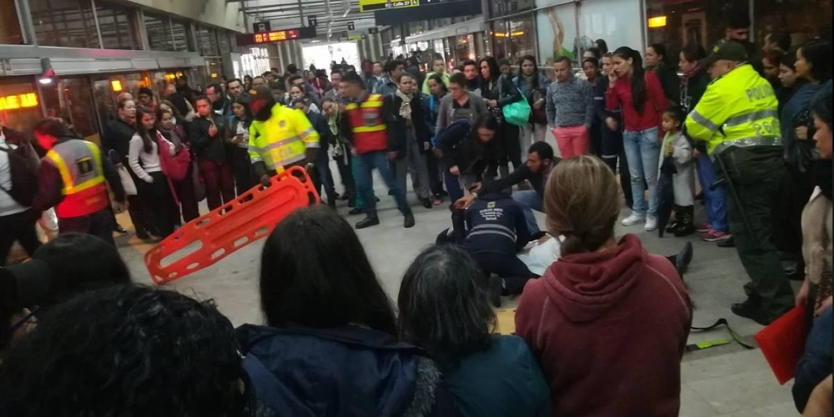 Otro hombre murió en una estación de TransMilenio por presunto infarto