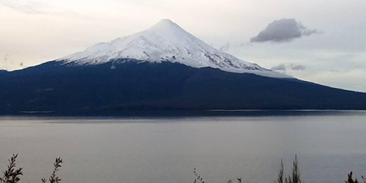 Sernagoemin declaró alerta técnica amarilla por actividad del volcán Osorno