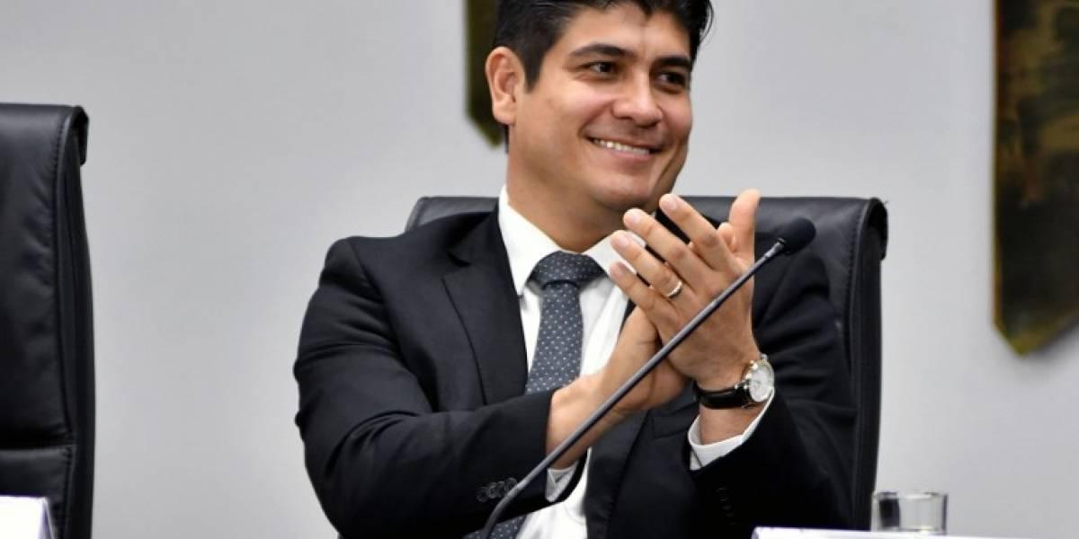 Carlos Alvarado asume este martes la presidencia de Costa Rica
