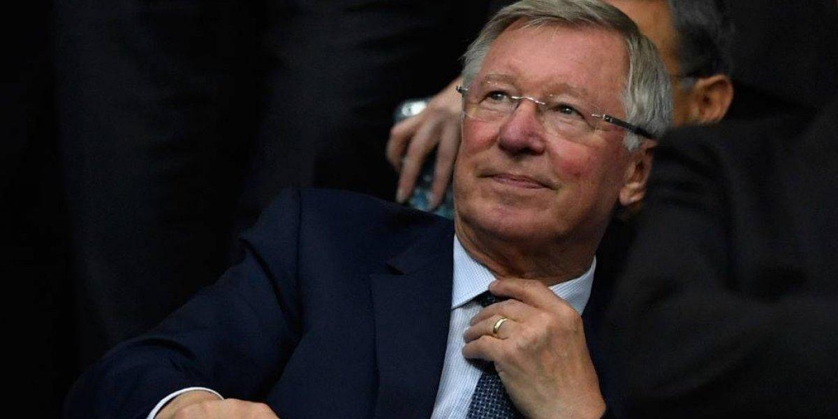 Sir Alex Ferguson ya está despierto y puede hablar