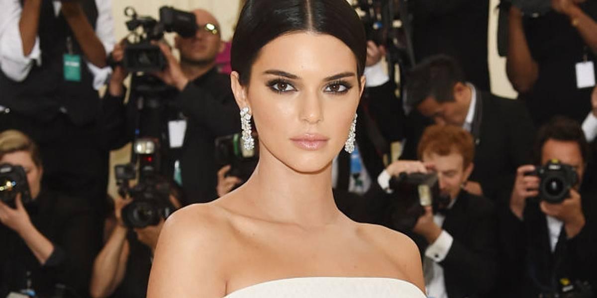 Kendall Jenner é criticada por empurrar segurança que atrapalhou seu close no Met Gala 2018