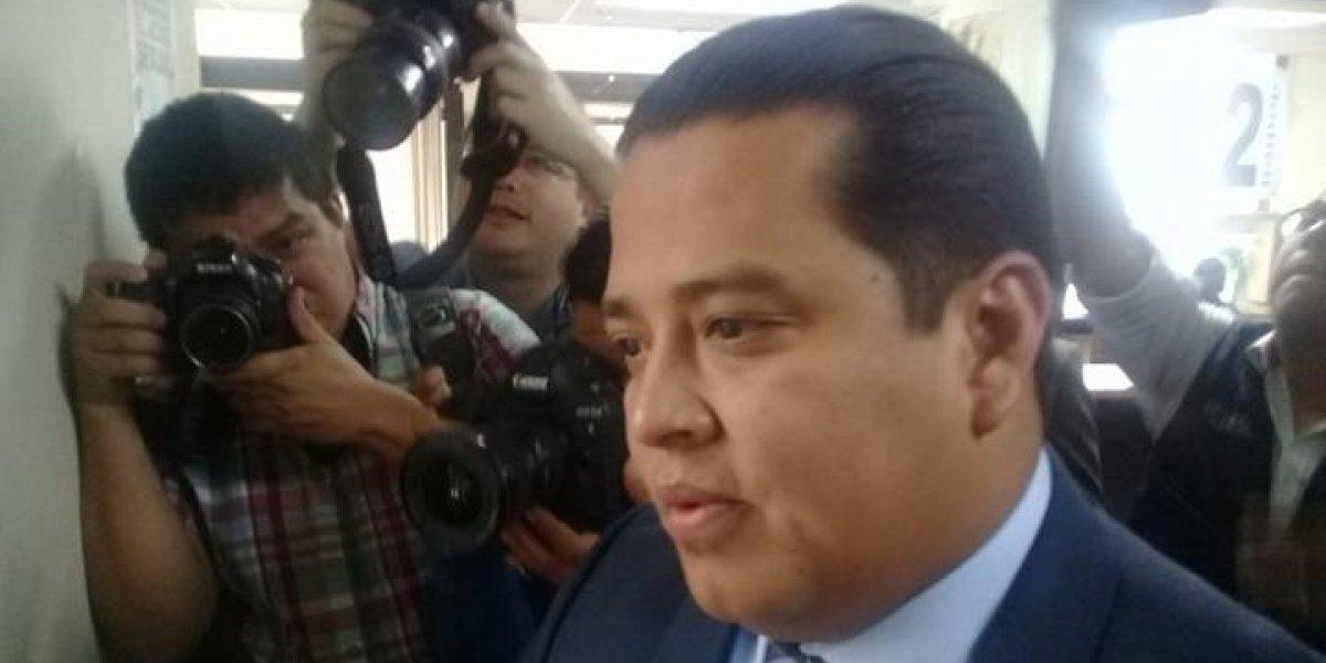 Marvin Mérida pide amparo contra jefe de la Fiscalía de Delitos Electorales