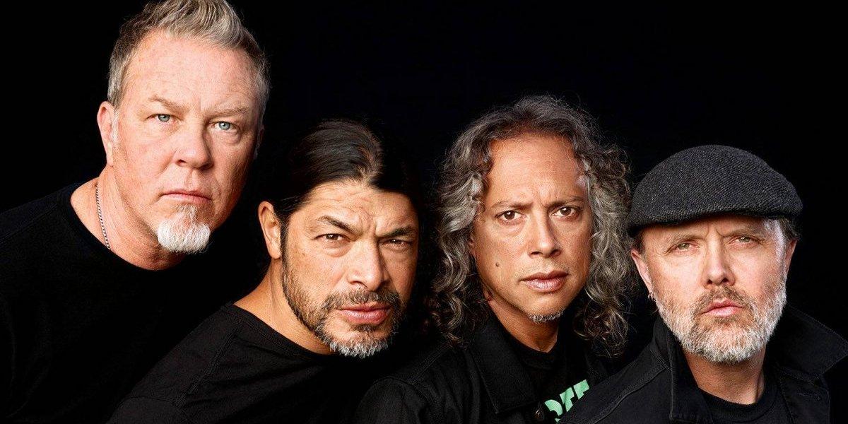 """Metallica canta """"Dancing Queen"""" en un insólito tributo a ABBA"""