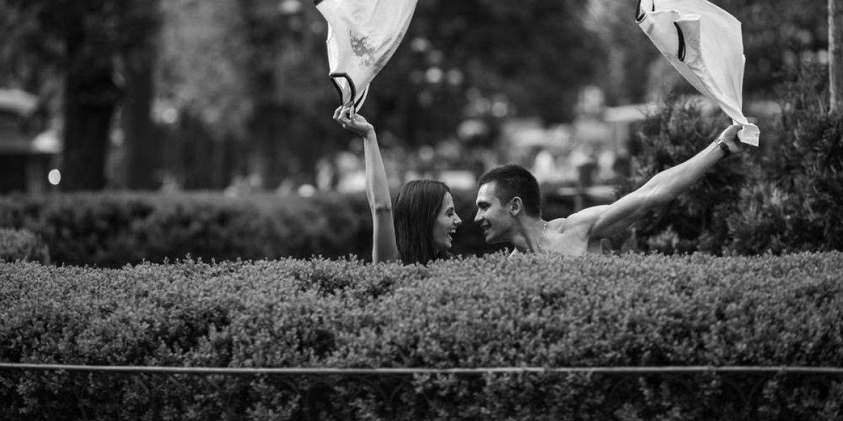 Detienen a pareja por tener sexo oral en pleno parque