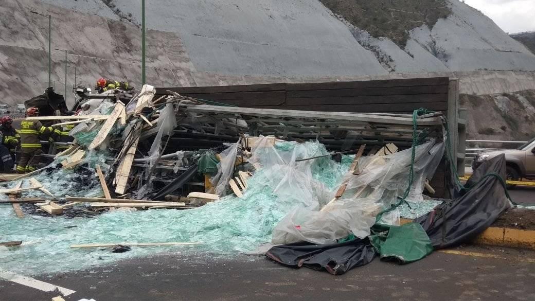 Accidente Guayllabamba Bomberos Quito