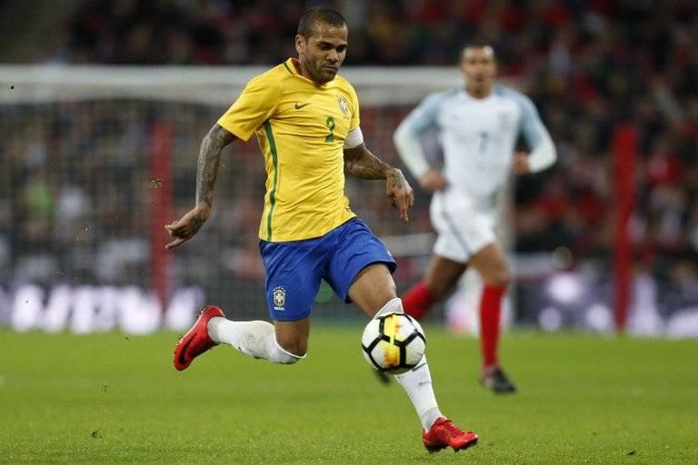 Dani Alves, el lateral derecho de Brasil