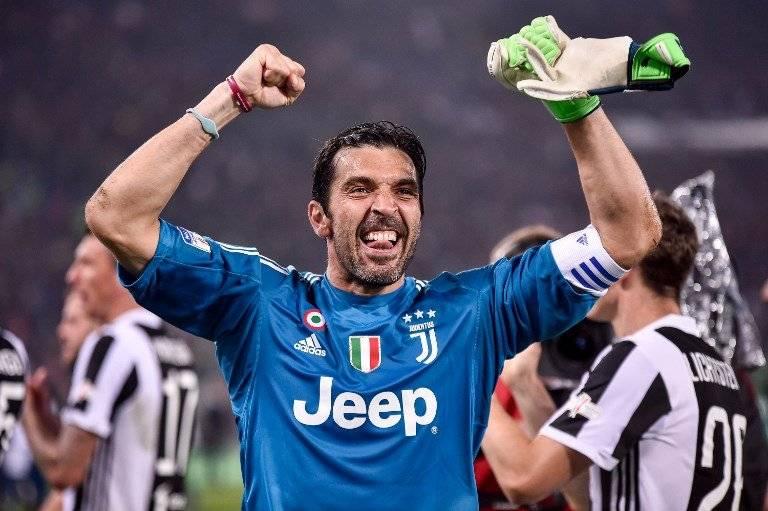 La alegría del portero Buffon