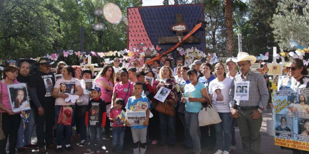 Madres que buscan a sus hijos salen de Chihuahua para marchar en la CDMX