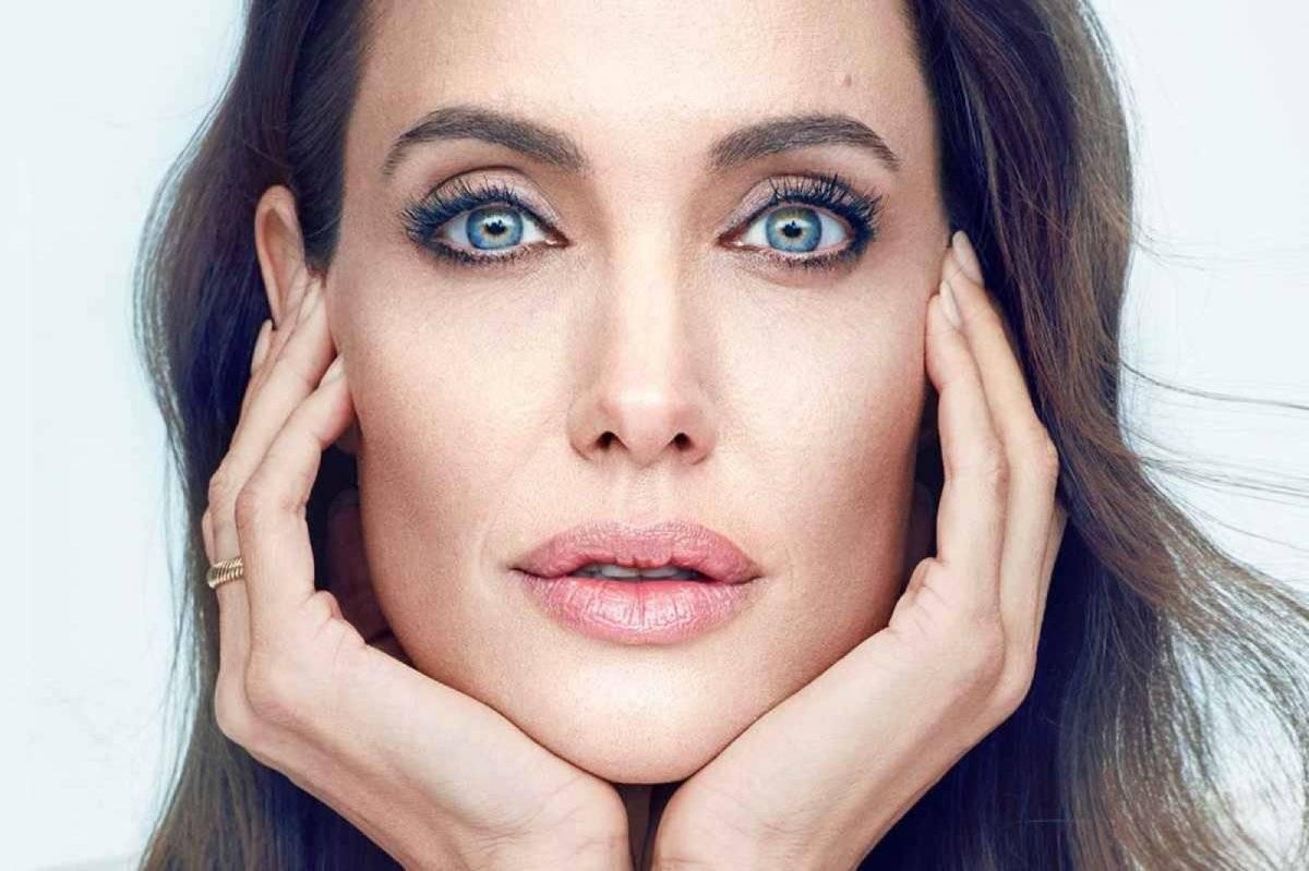 Angelian Jolie Piel Secretos